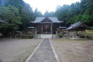 石座神社近景